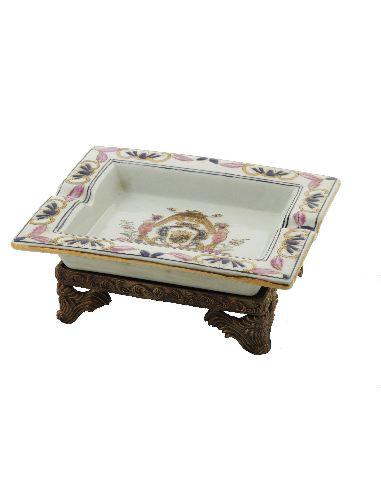 Cendrier en porcelaine: Cendrier rectang. 19cm avec socle bronze -AnaMaria