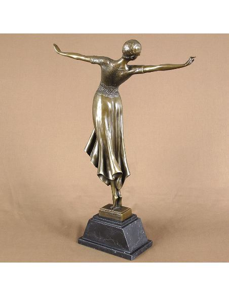 "Sculpture en bronze: Femme Art déco ""La Danseuse"" -Patine brune"