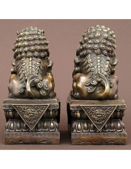 Sculpture en bronze: Chiens de Fo paire sur piédestal 30cm -Pat. brune