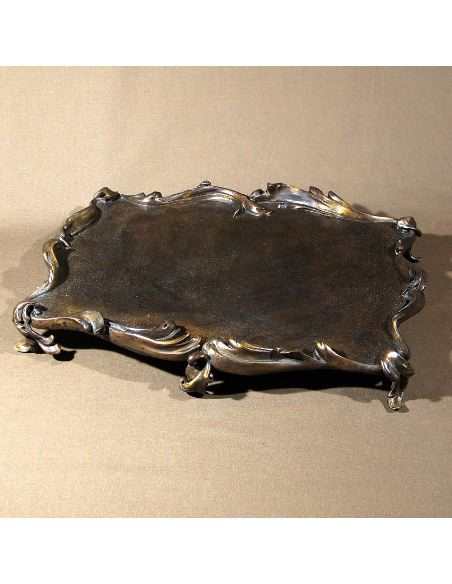 Sculpture en bronze: Plateau rectangulaire 4 pieds 27x35cm