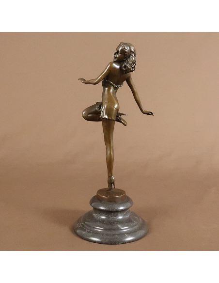 Sculpture en bronze: Femme Art déco danseuse -Patine brune